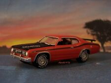 71 1971 PLYMOUTH DUSTER 340 WEDGE MOPAR COLLECTIBLE DIORAMA MODEL 1/64 SCALE