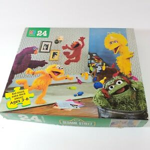 Vintage Sesame Street 24 Pc Puzzle 4670-19 Complete Milton Bradley 1996