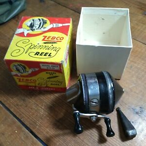VINTAGE ZEBCO REEL MODEL 33 EARLY WITH BOX FOR PARTS OR TO REPAIR BLACK TOP