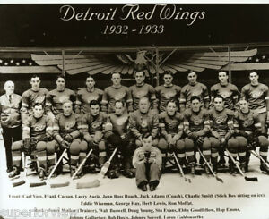 1932-33 Detroit Red Wings Team Photo Vintage Hockey Old Time Hockey Photo Mascot