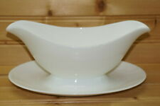 Royal Doulton Venus Gravy Boat or Sauce Bowl with Underplate, 8 1/4""
