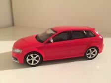 AUDI A3 RS3 Sportback 8PA (2011) in Rot 1/43 Topzustand - selten