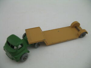 Matchbox 27B: Bedford Low Loader, truck and trailer, GPW