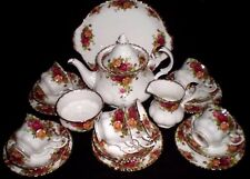 REDUCED! ROYAL ALBERT OLD COUNTRY ROSES 22 PIECE TEA SET - MINT