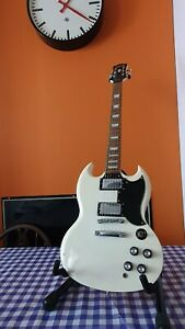 Epiphone SG G-400 Limited Edition Custom Shop electric guitar, white