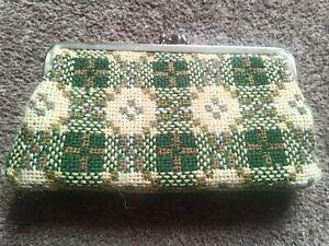 Vintage 1970s Welsh Green and Lemon Wool Tapestry Ladies Purse