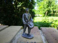 QUIRALU: soldat MARIN avec petit tambour bon état d'usage, en plomb creux.