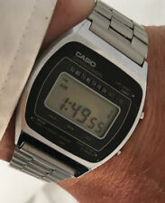 Vintage Casio 110 QS -37 Digital LCD Watch 1980's
