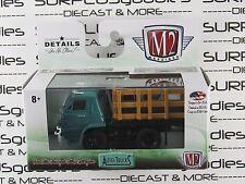 M2 MACHINES 1:64 Scale 2017 Auto-Trucks R42 1966 DODGE L600 Stake Bed Farm Truck