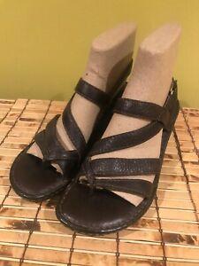Strappy Born Sandals Size 9