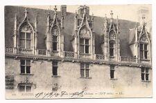 nantes , les fenétres de la façade intérieur du chateau