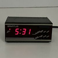 Vintage Spartus Horizon Bright Red LED Travel Small Alarm Clock Model 1191