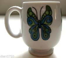 PRE-OWNED SMALL PEDESTAL WHITE PORCELAIN MUG – BLUE AND GREEN BUTTERFLY PRINT