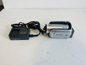Panasonic Palmcorder SDR-H18 Digital Video Camera- HDD and Charger