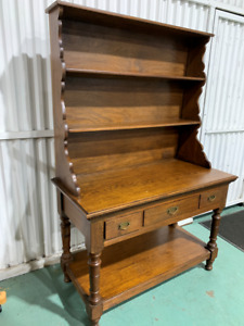 H20010 Vintage English Oak Kitchen Dresser Hutch
