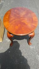 SOLID MAPLE OCCASIONAL TABLE