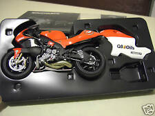 MOTO YAMAHA YZR 500 BIAGGI 2000 # 4 rouge au 1/12 MINICHAMPS 122006304 miniature