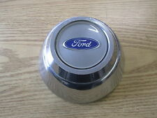 one 1988 to 1991 Ford Crown Victoria center cap hubcap for finned alloy wheel