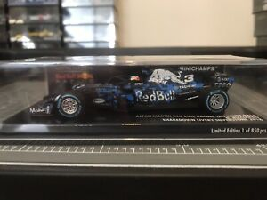 minichamps f1 1/43 D. Ricciardo Aston Martin Red Bull Shakedown 2018 Rare