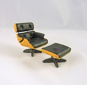 Dollhouse Miniature HALF Scale 1:24 Modern Lounge Chair & Ottoman, T0262