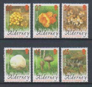 Alderney - 2004, Fungi set - MNH - SG A223/8