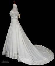 Princess Scoop Neck Sleeveless Wedding Dresses