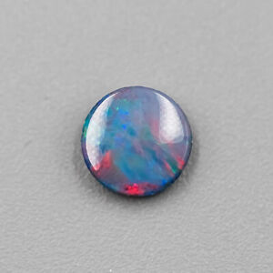 Un Australien Doublet Opale 6x6mm Desseré Forme Ronde En Couleurs