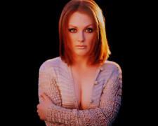 30 Julianne Moore Unsigned 8x10 Photo