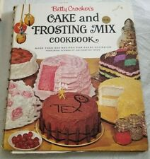 1966 Betty Crocker's CAKE AND FROSTING MIX COOKBOOK 1st Edition Golden Press