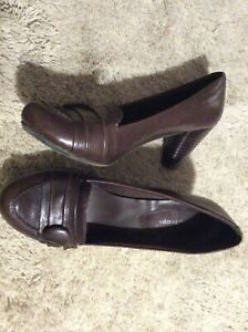 BARE TRAPS Mink Brown Leather Loafer Chunky Heel Pumps 8 M