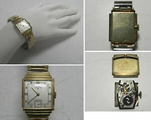 W66  Vintage 14K Solid Yellow Gold Mens Lord Elgin 21J Cal 559 Wristwatch