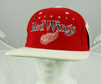 Vintage Detroit Red Wings NHL Snapback Hat Cap Red Embroidered Logo Spellout