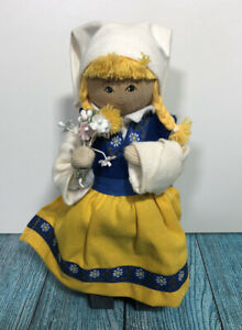 Wooden Dutch Doll Lady With Flowers Figure