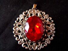 Pendentif ancien Médaillon aspect vieil argent cabochon rouge Vintage Art-Déco