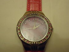 Signature Watch Analog Casual Leather Band Female Adult Pinks