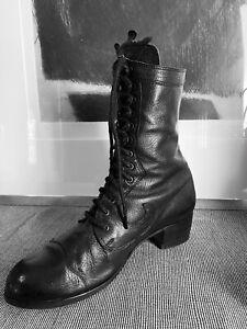 unisex vintage JOHN FLUEVOG black pebbled leather lace up boots 7 men 9 women