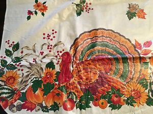 VINTAGE FLANNEL BACK TABLECLOTH FALL AUTUMN LEAVES AMBER GREEN 52X70 OBLONG