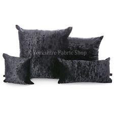 Cojines decorativos de color principal negro de terciopelo para el hogar