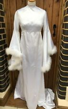 Vintage High Collar Long Sleeve White Dress Wedding Flared Feather Sleeves