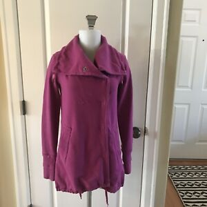 Lululemon Dark Pink Gratitude Snap Front Pockets Jacket Size 4