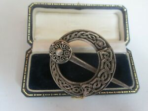 VINTAGE SILVER TONE SCOTTISH IRISH CELTIC PENANNULAR BROOCH PIN VINTAGE