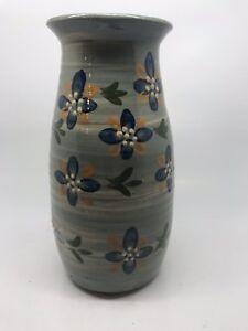 Vintage Isle Of Wight Studio Pottery Vase - Brading Pottery (pre Haseley Manor)