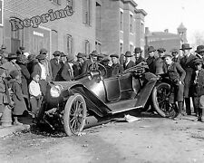Historical Photo of a 1921 Fire Chief  Chevy Car Wreck Washington DC 8x10