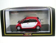 Mitsubishi i MiEV (rouge/blanc)