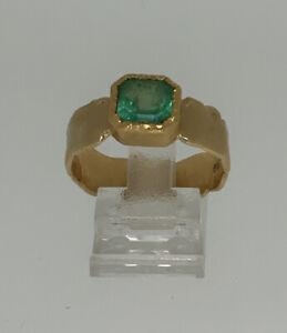 Ring 18 Kt.  (750/ 1000)  8,63 g. Smaragd  Gr. 63 Unikat