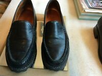 Cole Haan Country Black Size 6 B Loafers