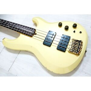 1983 Ibanez RB821 electric bass, made in Japan