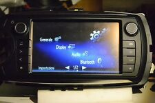 Autoradio TOYOTA Yaris Hybrid 06140-0D220  Fujitsu Ten MP3/USB/ RDS/ Bluetooth