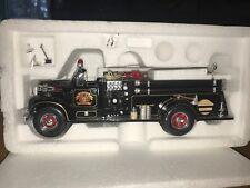 First Gear 1/34 1960 Mack B Model Pumper Mt. Horeb 19-2289