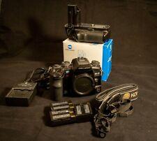 Konica Minolta Maxxum 7D 6.1Mp Digital Slr with Vc-7D Vertical Grip